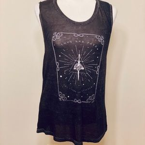 EXPRESS 🖤 Graphic Muscle Tank